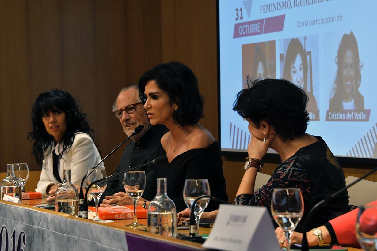 Lydia Cacho: «El machismo es una trampa que legaliza lo inaceptable»
