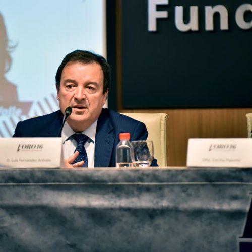 Luis Fernández durante su discurso 01