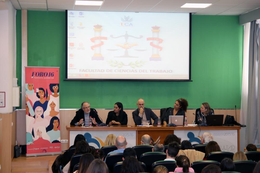 Foro16 continúa su expansión con un encuentro en la Universidad de Cádiz