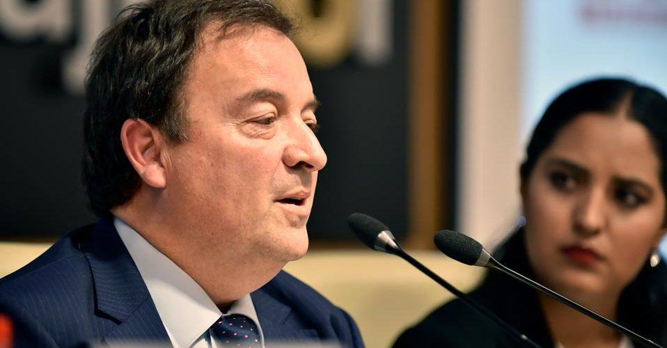 Luis Fernández durante su discurso 02